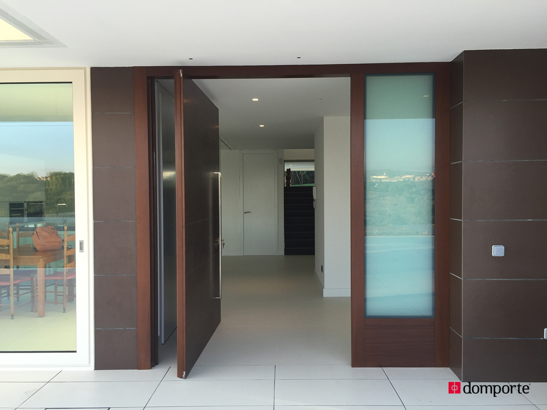 puertas de hoja pivotante